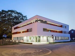 Nordhorn RAWE-West:   von Wessling + Walkenhorst Architekten bda