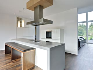 Modern kitchen by Möhring Architekten Modern