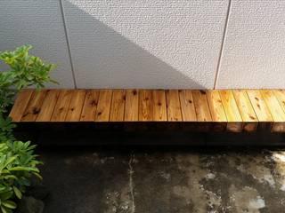 float|座面を宙に浮かせた屋外ベンチ: 一級建築士事務所 SAKAKI Atelierが手掛けたです。