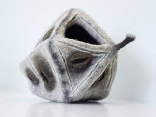 objets scultpurals en feutre artisanal Maria Friese - Felt Design ArtSculptures