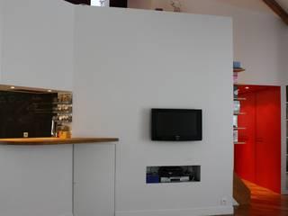 Duplex Paris 11: Salon de style  par Arielle Apelbaum Sela