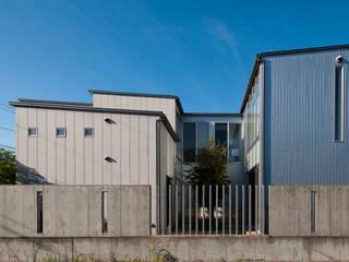 Houses by 家山真建築研究室 Makoto Ieyama Architect Office, Modern