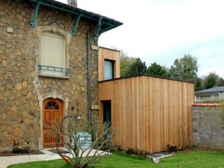 Maison H: Maisons de style de style Moderne par Vulacon-Gibello Architectes