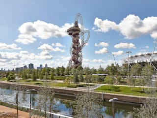 ArcelorMittal Orbit Shoot, Olympic Park, London Estádios modernos por Adam Coupe Photography Limited Moderno