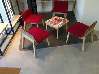 IKEN OPTIKA Locaux commerciaux & Magasin modernes par Laurent Picherit Moderne