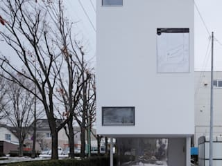 white collage: KEIKICHI YAMAUCHI ARCHITECT AND ASSOCIATESが手掛けた商業空間です。
