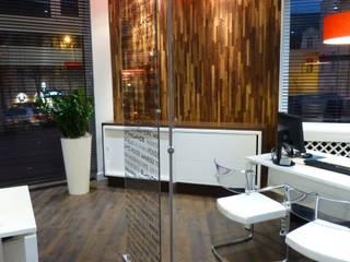 Réno-déco d'une agence de voyages - Angers Espaces de bureaux originaux par ATELIER KA-HUTTE Éclectique