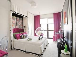 AK Design Studio – Girl's Bedroom:  tarz Yatak Odası