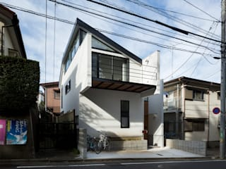 Houses by Studio R1 Architects Office,