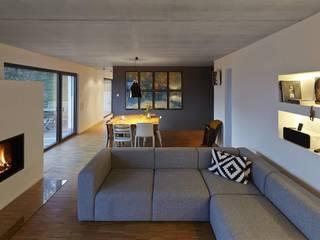 Modern Living Room by Fachwerk4 | Architekten BDA Modern