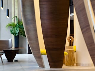 Hôtel Novotel à Paris Porte d'Orléans: Hôtels de style  par Agence MOHA