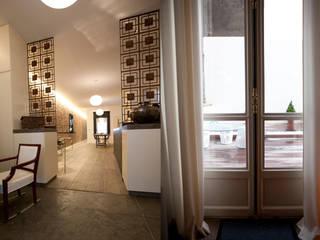 Appartement à Paris 7ème Maisons modernes par Agence MOHA Moderne
