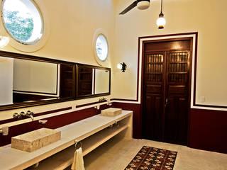 Baño Baños coloniales de Arturo Campos Arquitectos Colonial