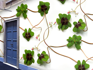 Muurbloem Design Studio_Collection Flowers + Leaves: modern  door Muurbloem Design Studio, Modern