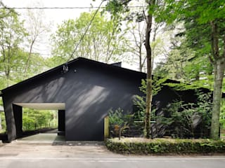 atelier137 ARCHITECTURAL DESIGN OFFICE Casas modernas Negro