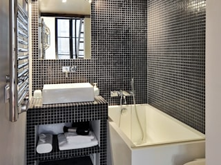 Modern style bathrooms by Marion Rocher Modern