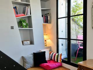 Гостиная в стиле модерн от Marion Rocher Модерн