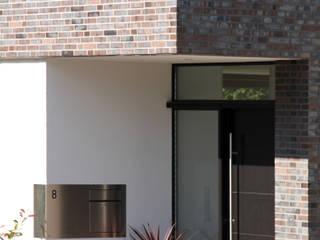 Ansicht Eingangsbereich:  Häuser von Architekturbüro Sahle