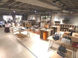Ladeneinrichtung Bad Reichenhall:  Ladenflächen von Möbel-Tischlerei Jens Zöllner