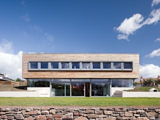 Sunnybank House, Coldingham: modern Houses by Chris Humphreys Photography Ltd
