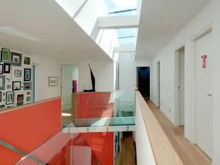 Sunnybank House, Coldingham Koridor & Tangga Modern Oleh Chris Humphreys Photography Ltd Modern