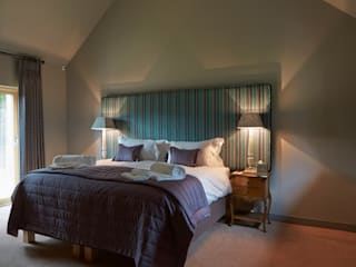Bedroom: modern Bedroom by Architects Scotland Ltd
