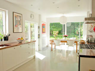 House remodelling in North Bristol:  Dining room by Dittrich Hudson Vasetti Architects, Modern