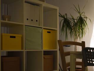 Living: Soggiorno in stile in stile Moderno di Michele Vangelista Architetto