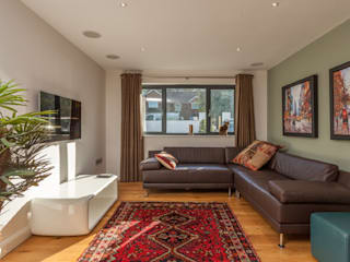 4 Farrar Lane: modern Living room by Studio J Architects Ltd