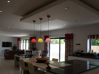 Alwoodley Lane: modern Kitchen by Studio J Architects Ltd