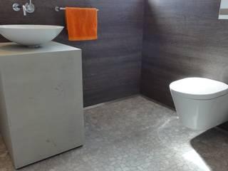 Private Bäder Minimalistische Badezimmer von Pfriem-Innenarchitektur Minimalistisch