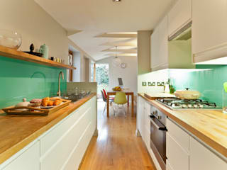 House remodelling in South Bristol:  Kitchen by Dittrich Hudson Vasetti Architects,