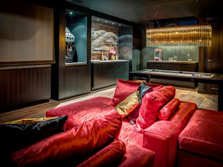 Woonvilla Blaricum: moderne Mediakamer door Kabaz