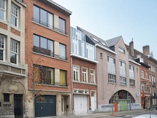 perspective depuis la rue:  de style  par Goffart Polomé Architectes