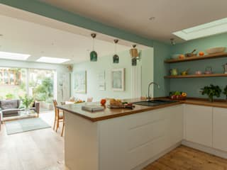 Double storey extension for artist in Bishopston, Bristol:  Kitchen by Dittrich Hudson Vasetti Architects,