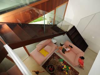 casa 20 di mare Soggiorno moderno di silvia ancarani Moderno