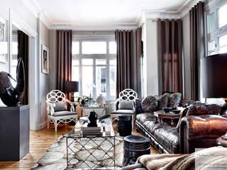 Livings de estilo moderno por Hakan Helvacıoğlu / H2C