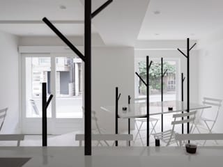Cafe Ki : id inc..が手掛けたオフィススペース&店です。,ミニマル
