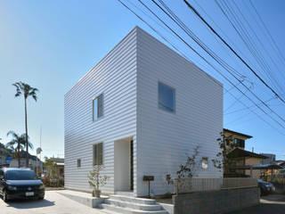 โดย 石躍健志建築設計事務所 โมเดิร์น