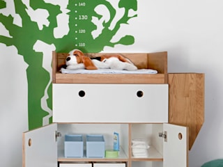 Wickeltisch:   von DUELLI KLEE Dipl. Ing. Innenarchitektur Partnerschaft