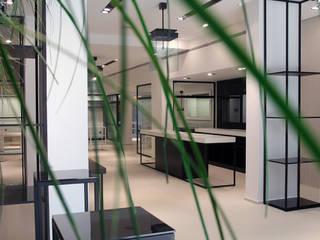 *comptoir d'accueil: Locaux commerciaux & Magasins de style  par 180°