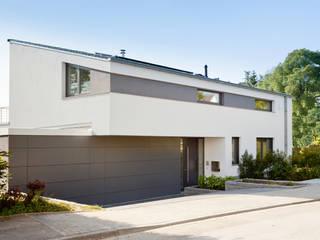 Modern Houses by Beck+Blüm-Beck Architekten Modern