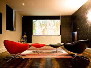 Artcoustic Home Cinema Finite Solutions モダンデザインの 多目的室