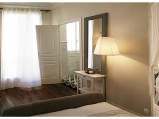 Appartement Montmartre Paris Chambre classique par BMAD-architecture Classique