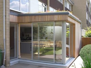 Eco extension to 1960's townhouse in Bristol:  Dining room by Dittrich Hudson Vasetti Architects,
