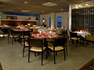 Classic gastronomy by Carlos Otávio Arquitetura e Interiores Classic