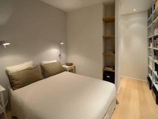 Dormitorios de estilo  por ministudio architetti