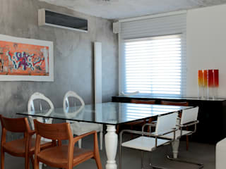 Modern dining room by Carlos Otávio Arquitetura e Interiores Modern