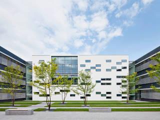 Kantoorgebouwen door Michael van Ooyen Architekt BDA