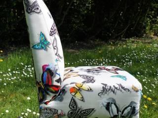 Fauteuil papillons par Alexandra Décoration Éclectique